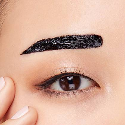 Encre sourcils longue tenue tattoo brow de maybelline for Japanese tattoo eyeliner